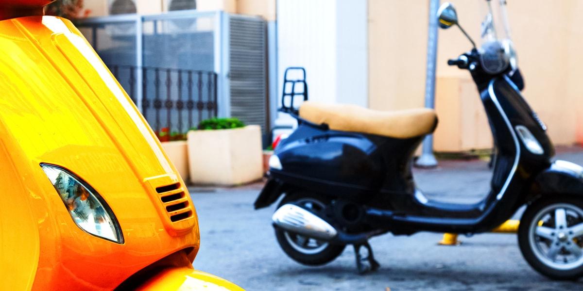Two-wheeler market: India vs China